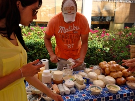 Homemade cheeses; La Cruz farmer's market