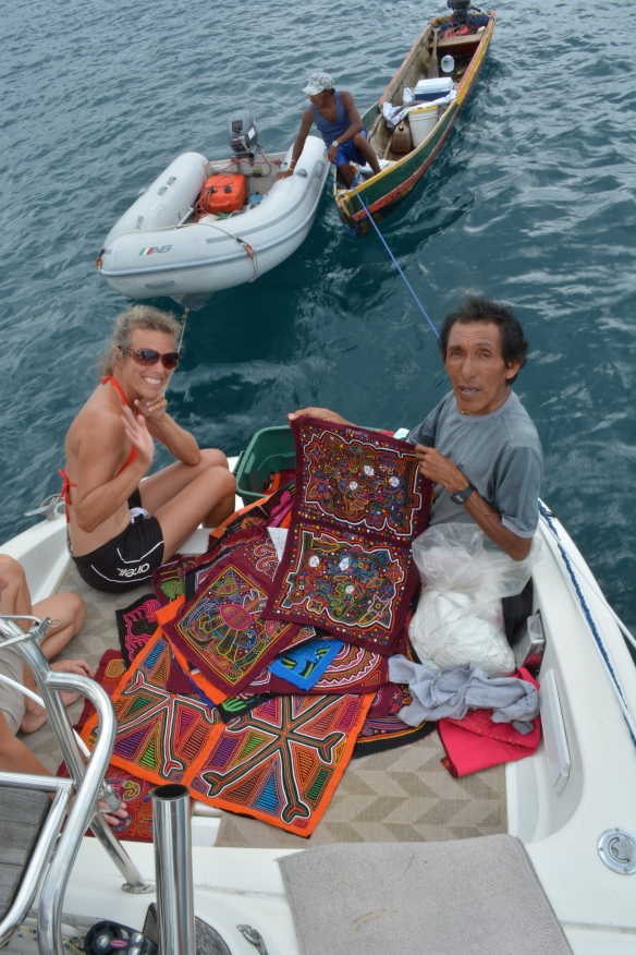 Buying molas from Venancio