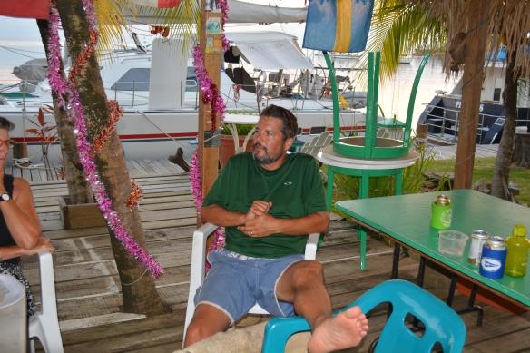 Cruisers hangout Roatan