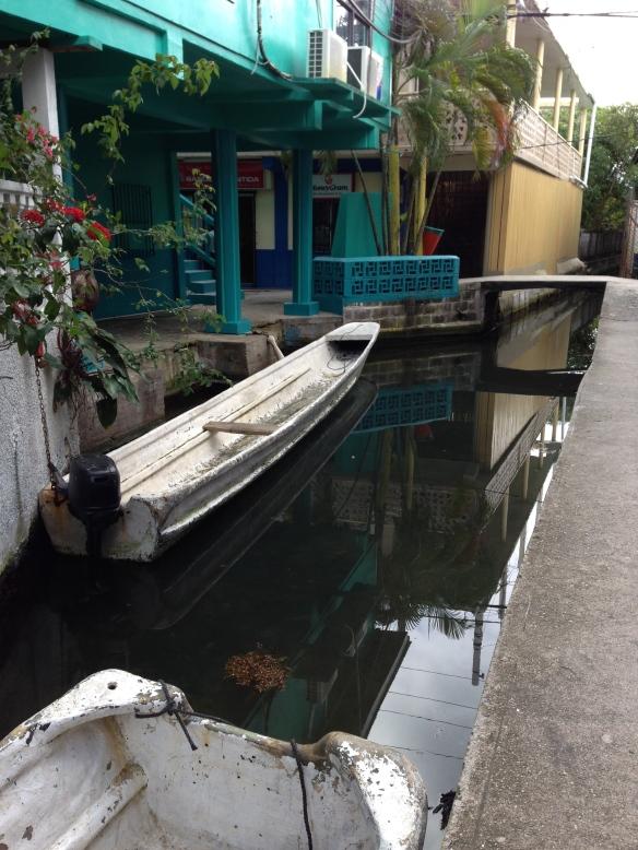 Bonacca canals