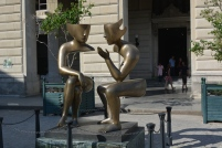 conversation sculpture