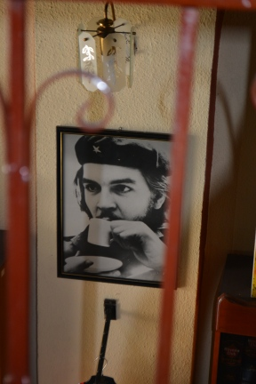Che loves coffee