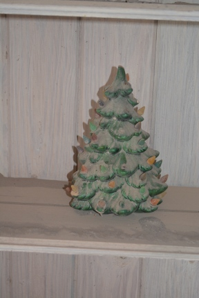 dusty xmas tree